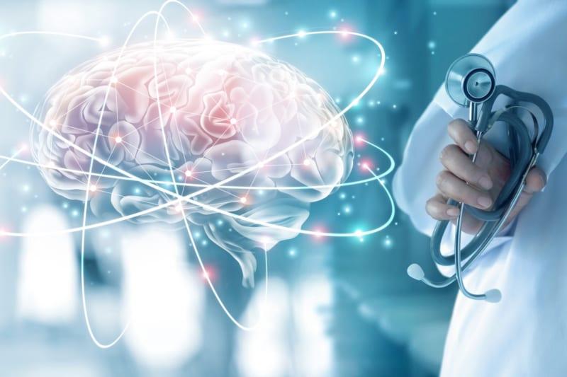 43_xx_在宅医療重視、認知症予知診断への関心